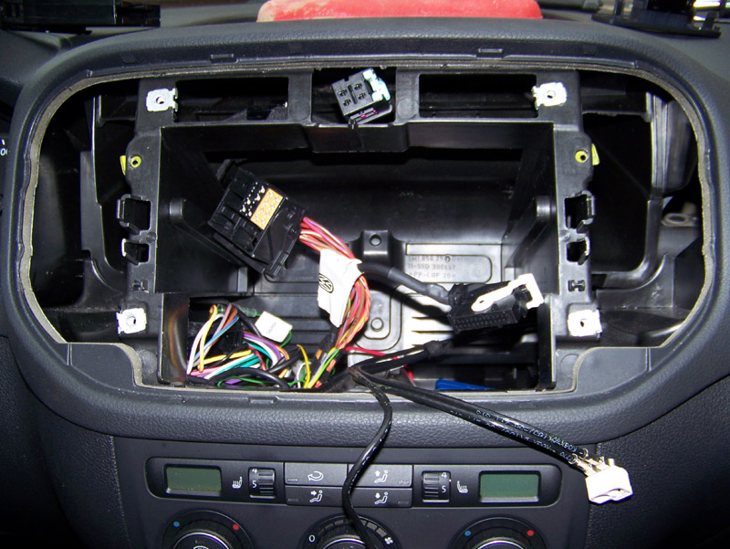 tutoriel bluetooth installation kit parrot page 2 volkswagen tiguan forum. Black Bedroom Furniture Sets. Home Design Ideas