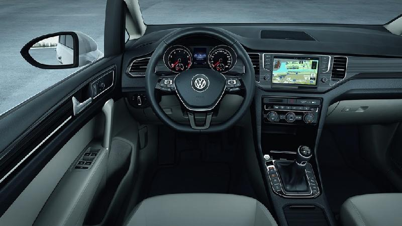 golf sportsvan volkswagen tiguan forum. Black Bedroom Furniture Sets. Home Design Ideas