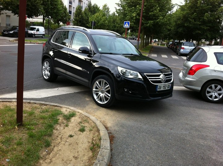 photo de tiguan avec jantes non origine page 4 volkswagen tiguan forum. Black Bedroom Furniture Sets. Home Design Ideas