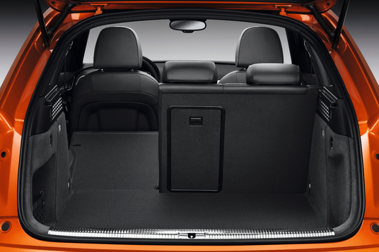 premier essai audi q3 la chasse est ouverte volkswagen tiguan forum. Black Bedroom Furniture Sets. Home Design Ideas