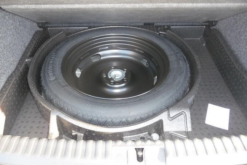 crevaison simple mais 4 pneus changer page 5 volkswagen tiguan forum. Black Bedroom Furniture Sets. Home Design Ideas